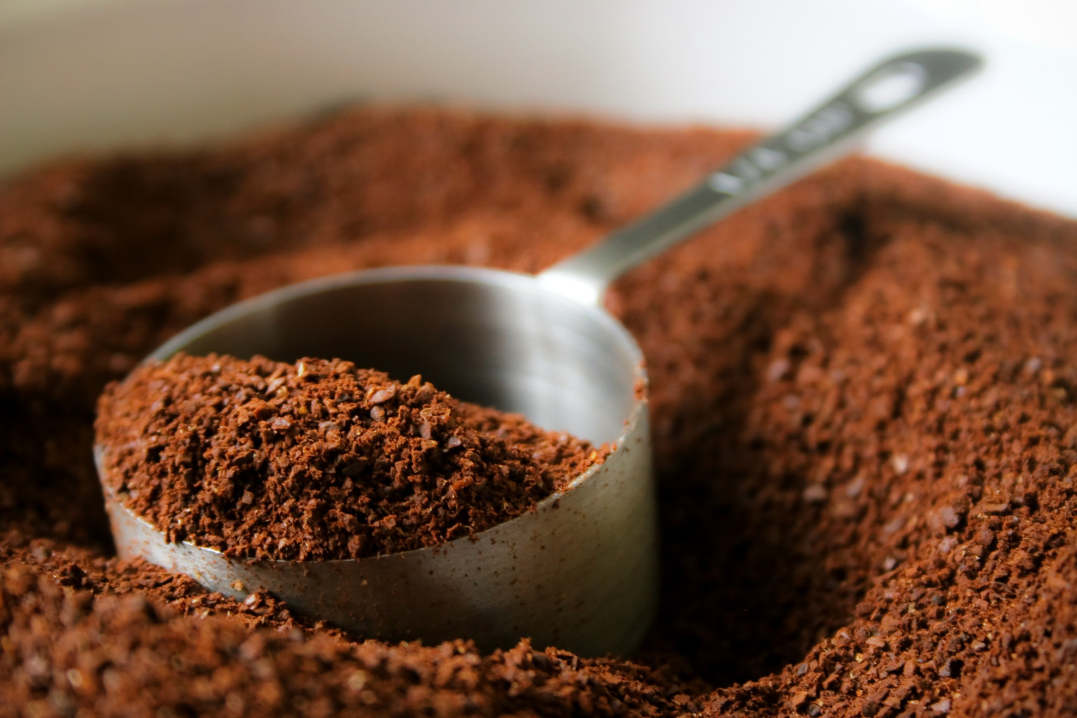 coffee grounds cure cellulite